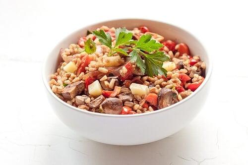 Farro roasted vegetable salad