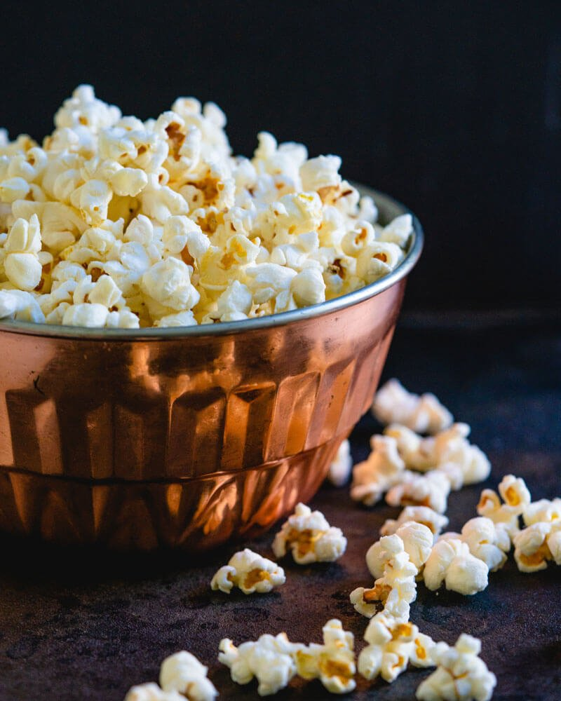 How to cook butter popcorn in a pan