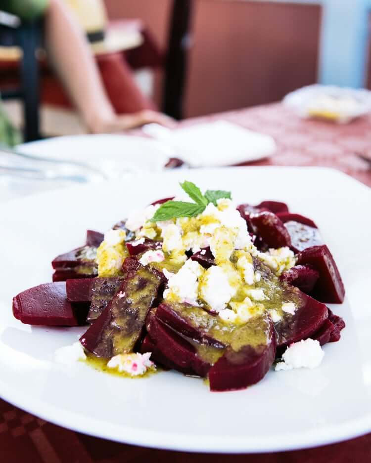 Best restaurants in Santorini | Beet salad