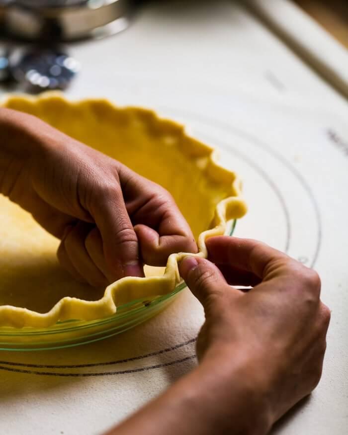 Crimping edges of pie crust