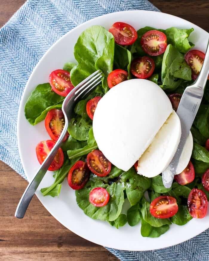 Burrata Salad with Arugula & Tomatoes