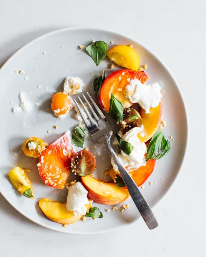 Peach & burrata caprese salad | Where to buy burrata