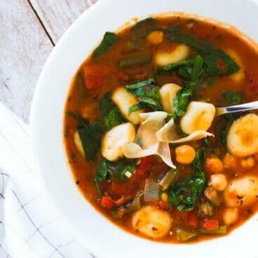 Italian Vegetable & Gnocchi Soup | 13 Best Healthy & Easy Soup Recipes | Best soup recipes | Easy soup recipes