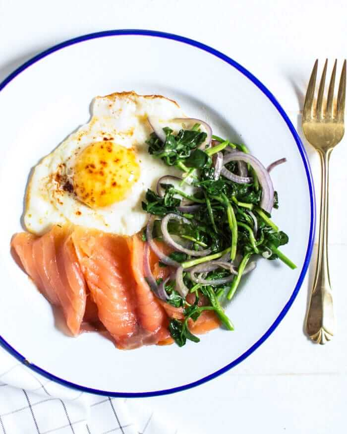 10 Brain Food Recipes to Boost Your Mood | Truffled egg with smoked salmon and greens