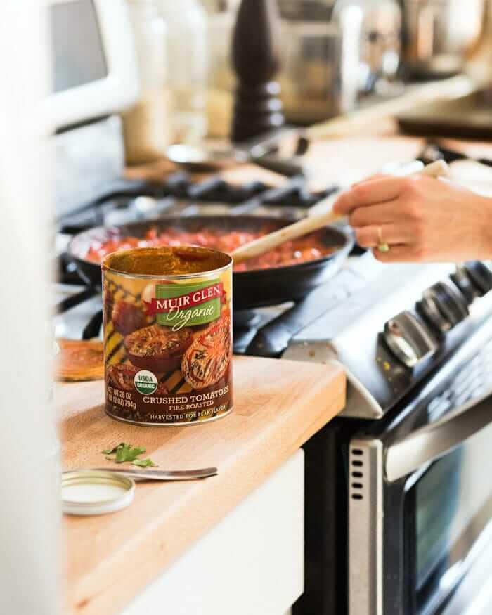 Homemade tomato pasta sauce recipe