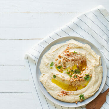 5 Ingredient Classic Homemade Hummus | A Couple Cooks