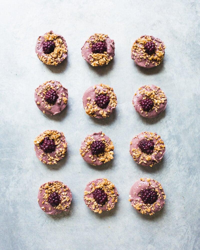 Blackberry Vegan Cheesecake Bites
