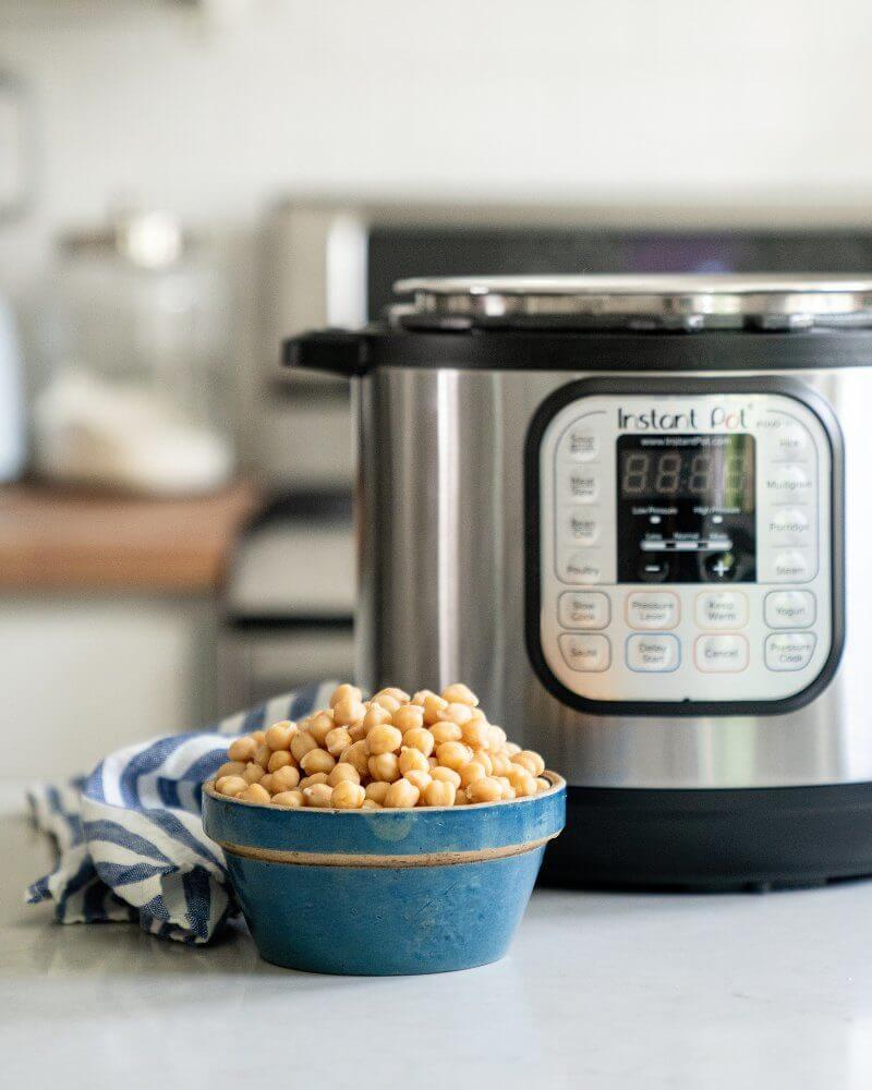 Pressure cooker chickpeas