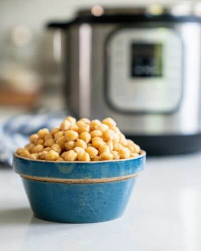 How to Cook Chickpeas in an Instant Pot   A Couple Cooks