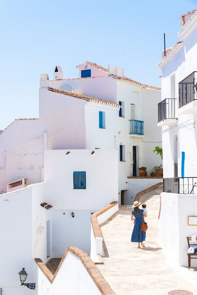 Woman in blue dress in Frigliana, Spain | Awesome pictures