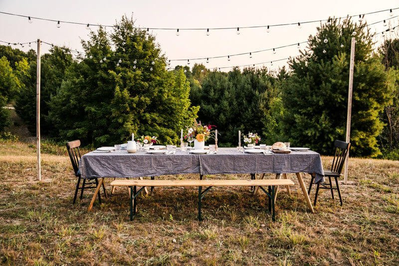 How to host a backyard party | backyard party ideas | outdoor dinner party | cookbook club