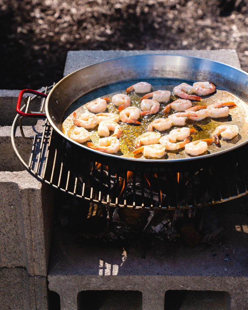 Open fire seafood paella recipe | best paella pan