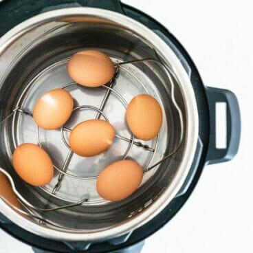 Instant Pot hard boiled eggs  hard boiled eggs in Instant Pot  boiling eggs in Instant Pot