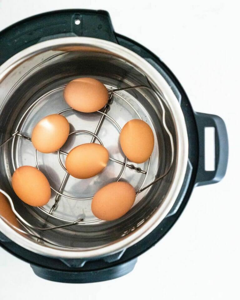Instant Pot hard boiled eggs |hard boiled eggs in Instant Pot |boiling eggs in Instant Pot