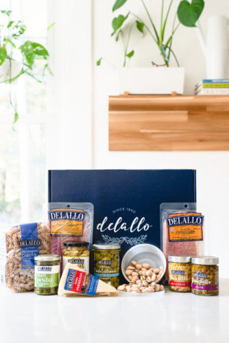 Gourmet food gifts: Italian gift basket
