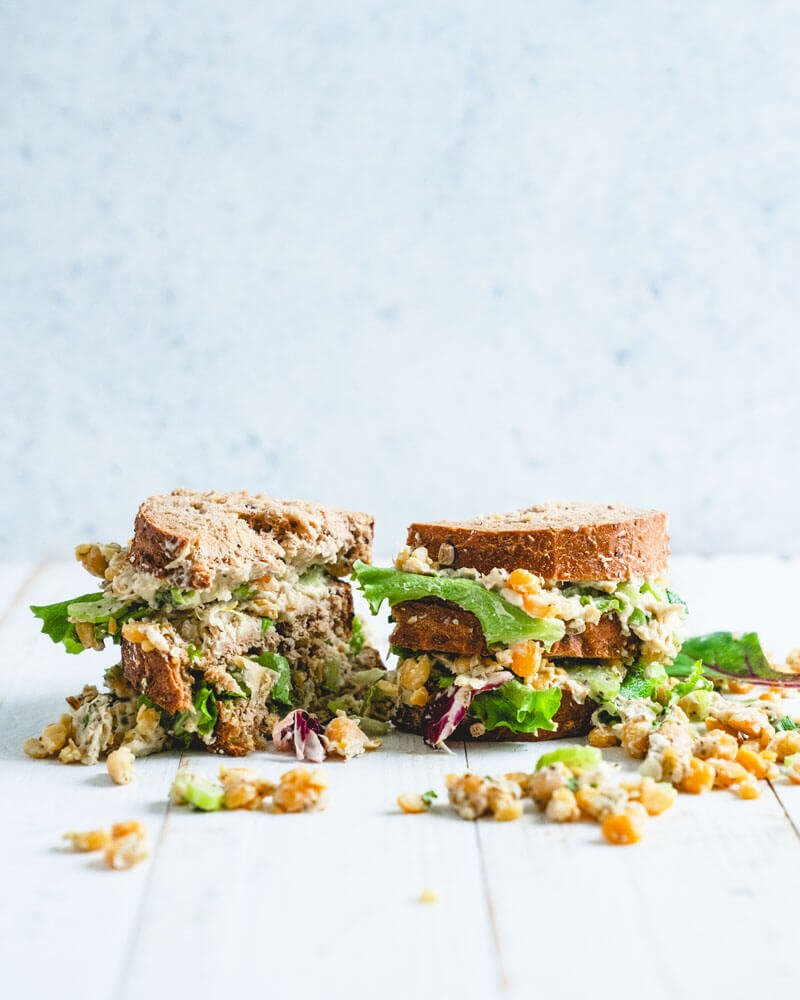 Chickpea salad sandwich | Vegetarian chicken salad sandwich | Easy lunch recipes