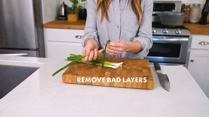 How to cut green onions (scallions) | Remove bad layers