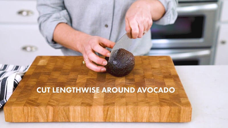 How to Cut an Avocado | Cut lengthwise around the avocado