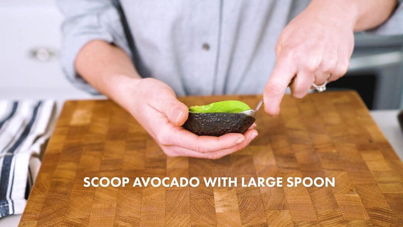 How to Cut an Avocado | Scoop out the avocado with a spoon