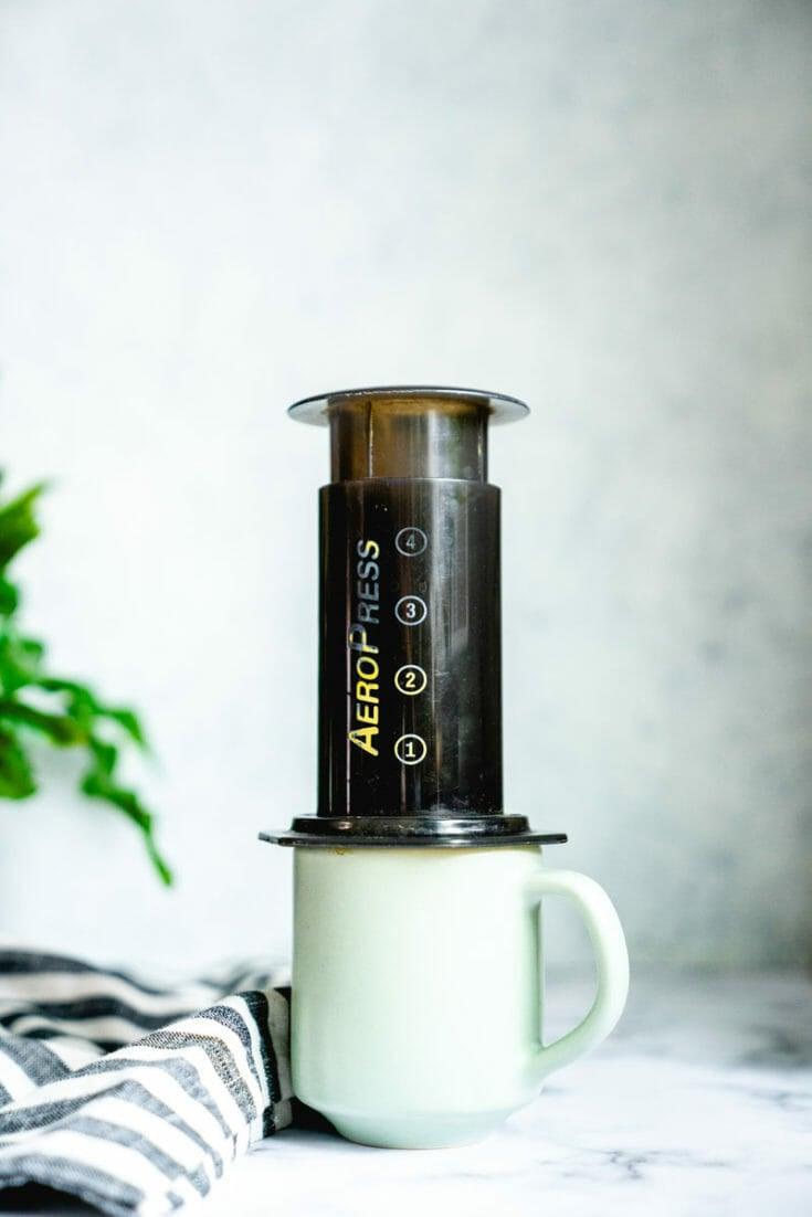 How to Use an Aeropress to Make Coffee