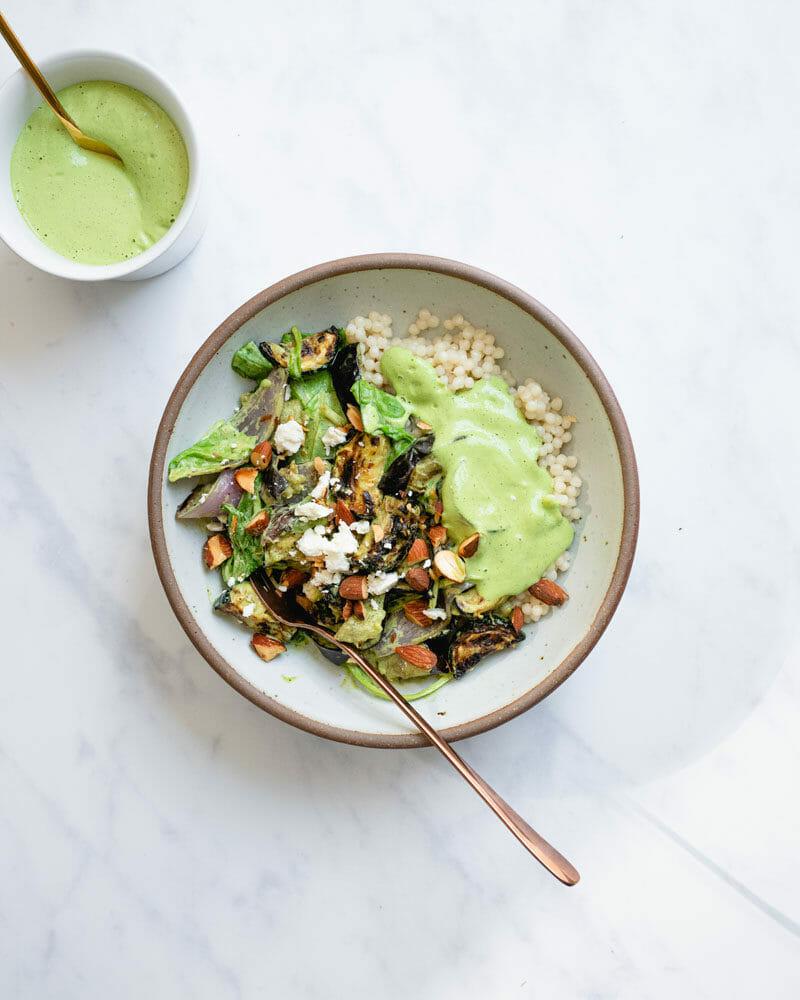Green goddess salad bowls