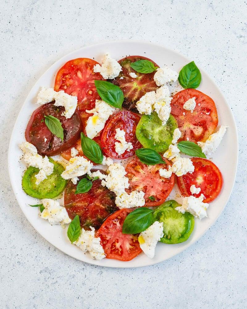 Mozzarella tomato basil salad
