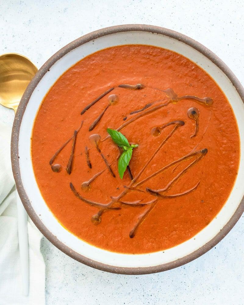 Easy tomato basil soup