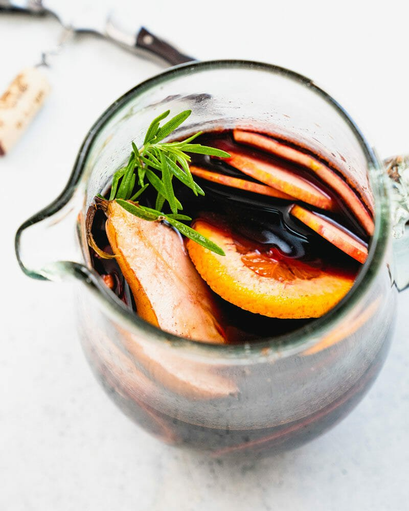 How to make apple cider sangria