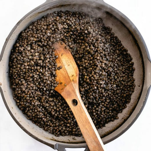 Seasoned black lentils recipe