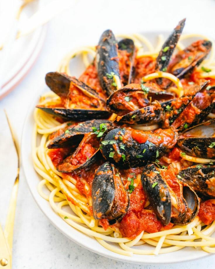 Easy Mussels Marinara