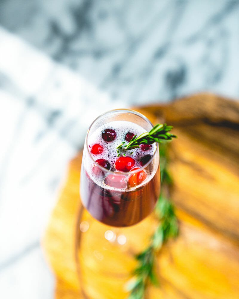 Poinsettia drink (Cranberry champagne cocktail)