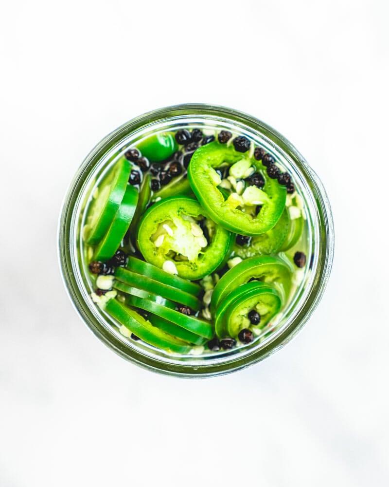 Jalapeños pickles
