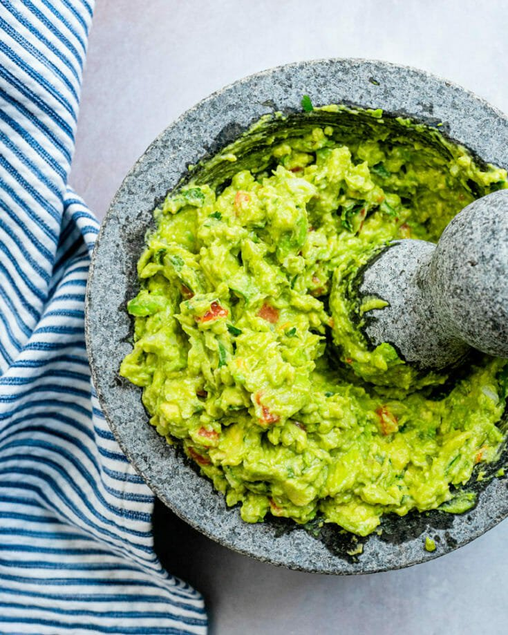 Simple Guacamole & Chips