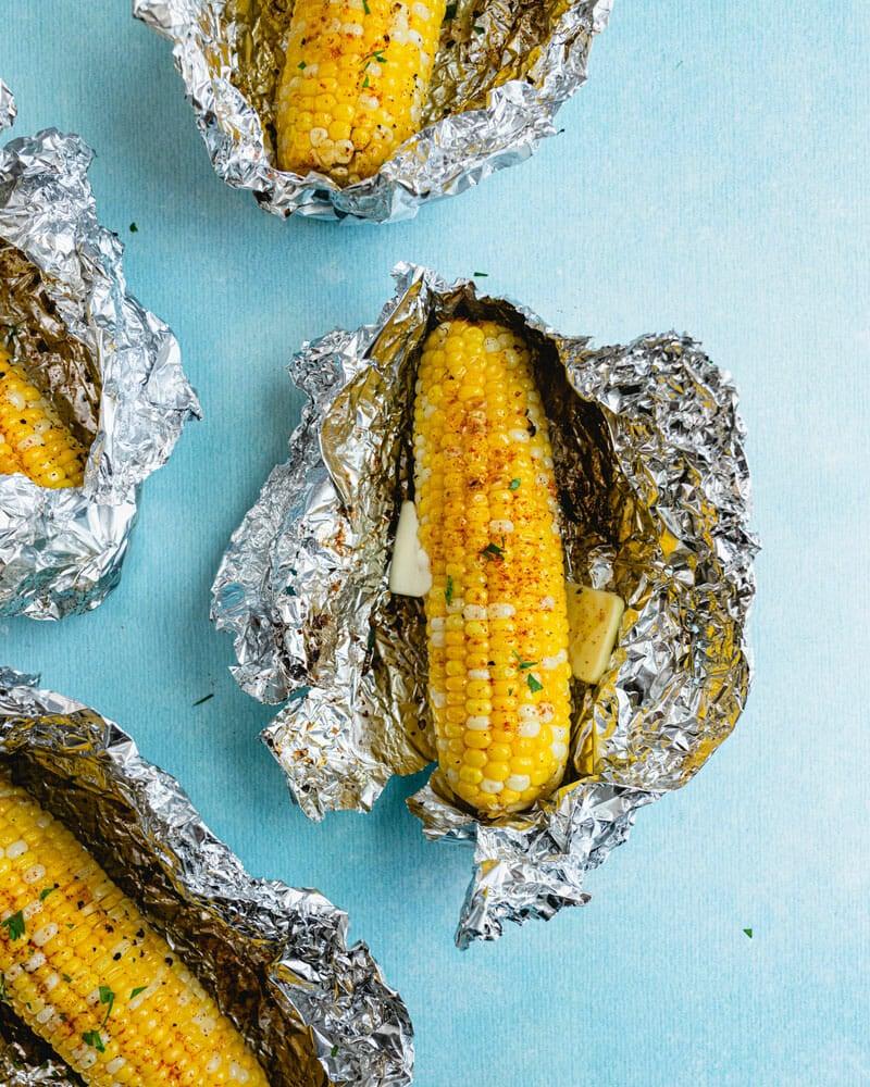 Grilled corn in foil