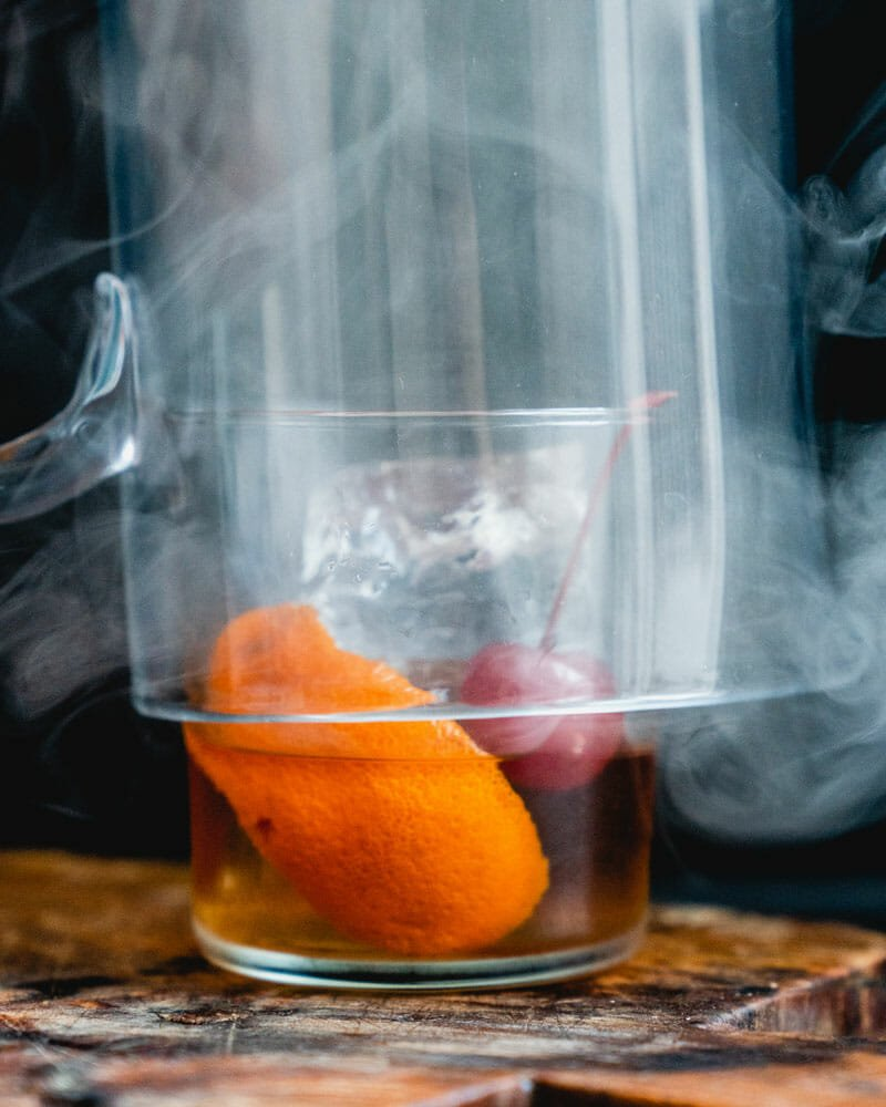 How to make a smoked old fashioned