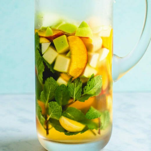 White wine sangria