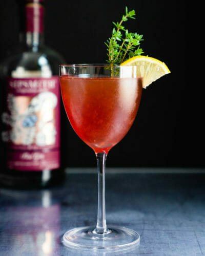 Sloe gin cocktail