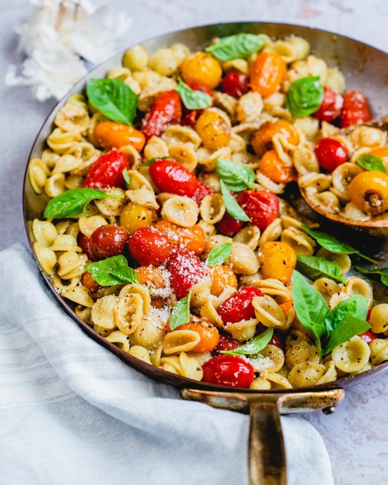Cherry tomato pasta