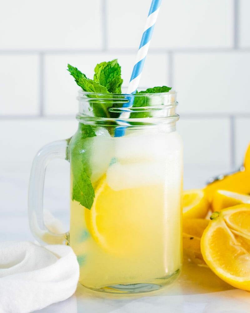Mint lemonade by the glass