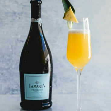 How to make a pineapple mimosa