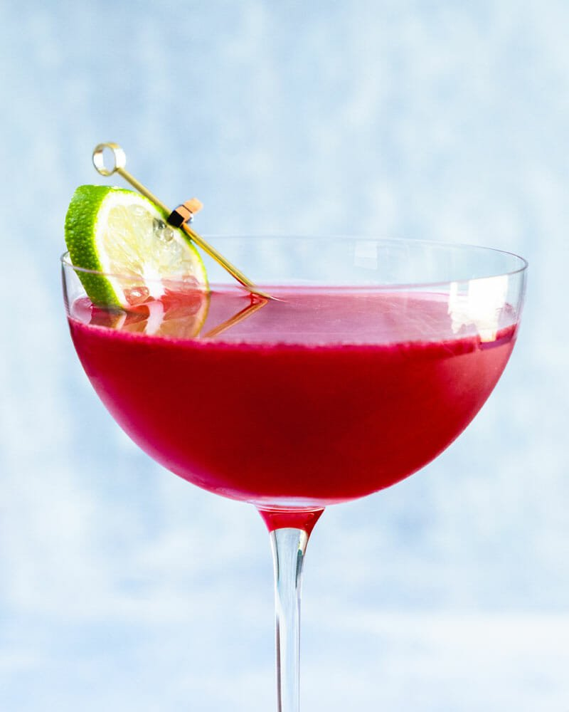 Rum and cranberry juice cocktail