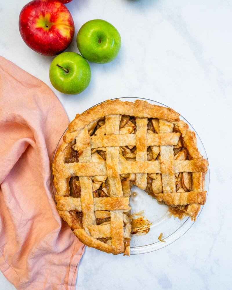 Classic vegan apple pie recipe