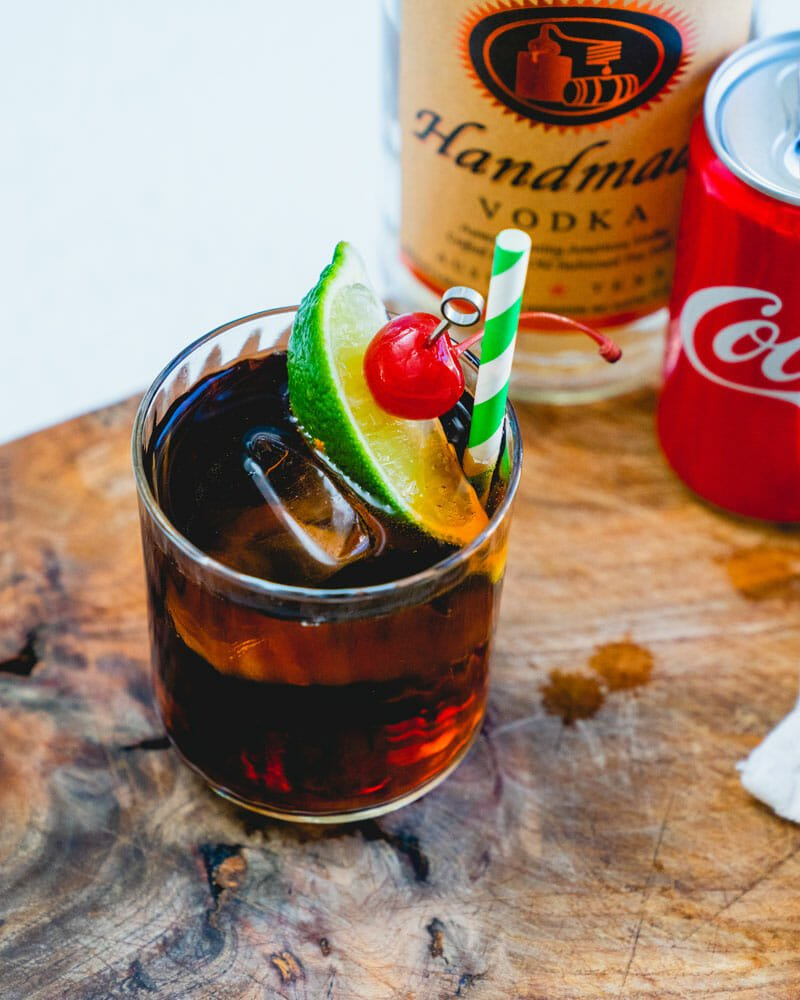 How to make vodka and coke