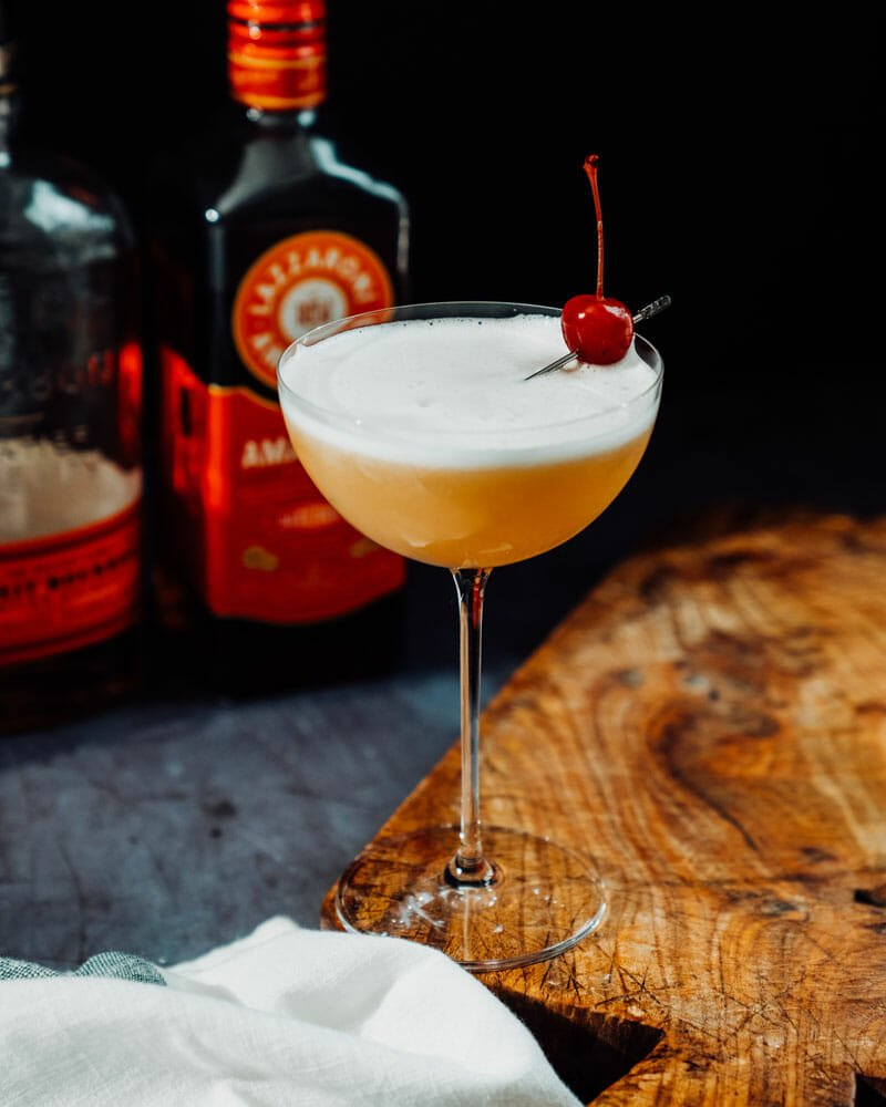 Whiskey sour with egg white