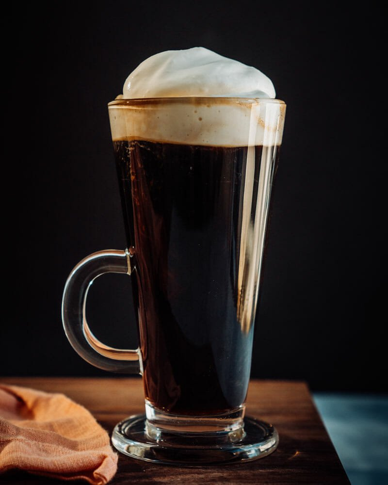How to make Irish coffee, whiskey and coffee