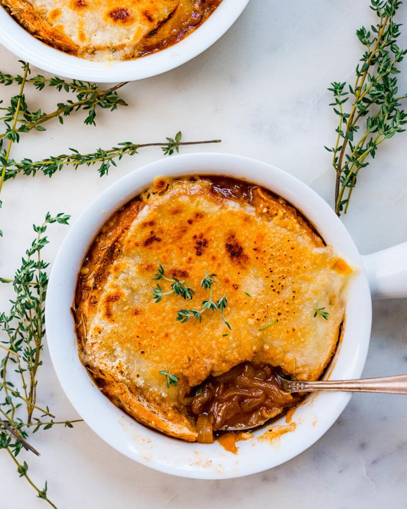 Vegetarian French onion soup recipe