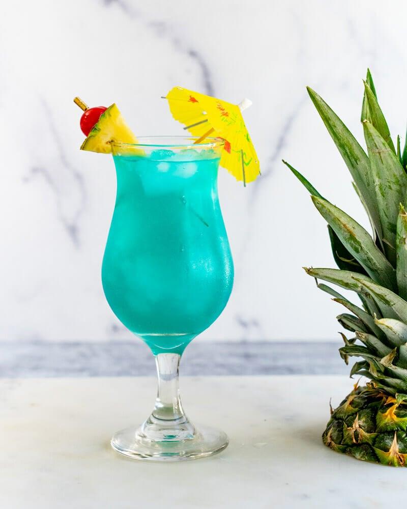 Blue Hawaii drink ingredients