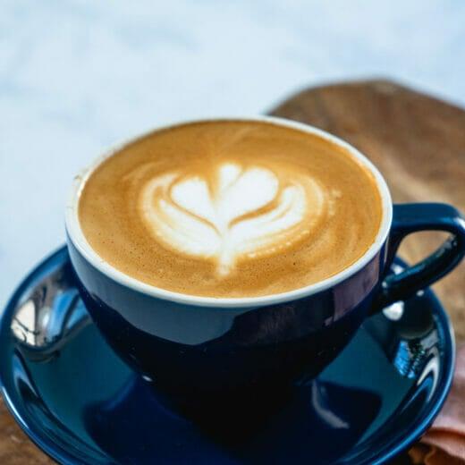 Flat white vs latte