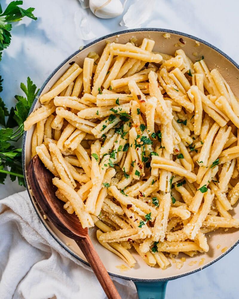 Garlic butter sauce for pasta