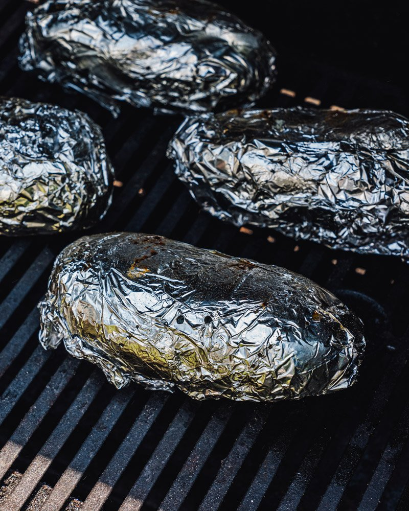 How to grill baked potatoes